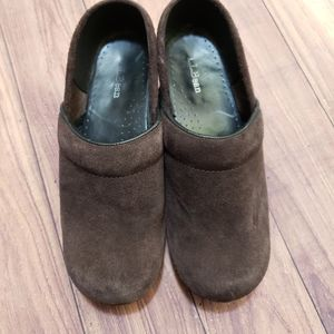 LLbean brown suede clogs shoes